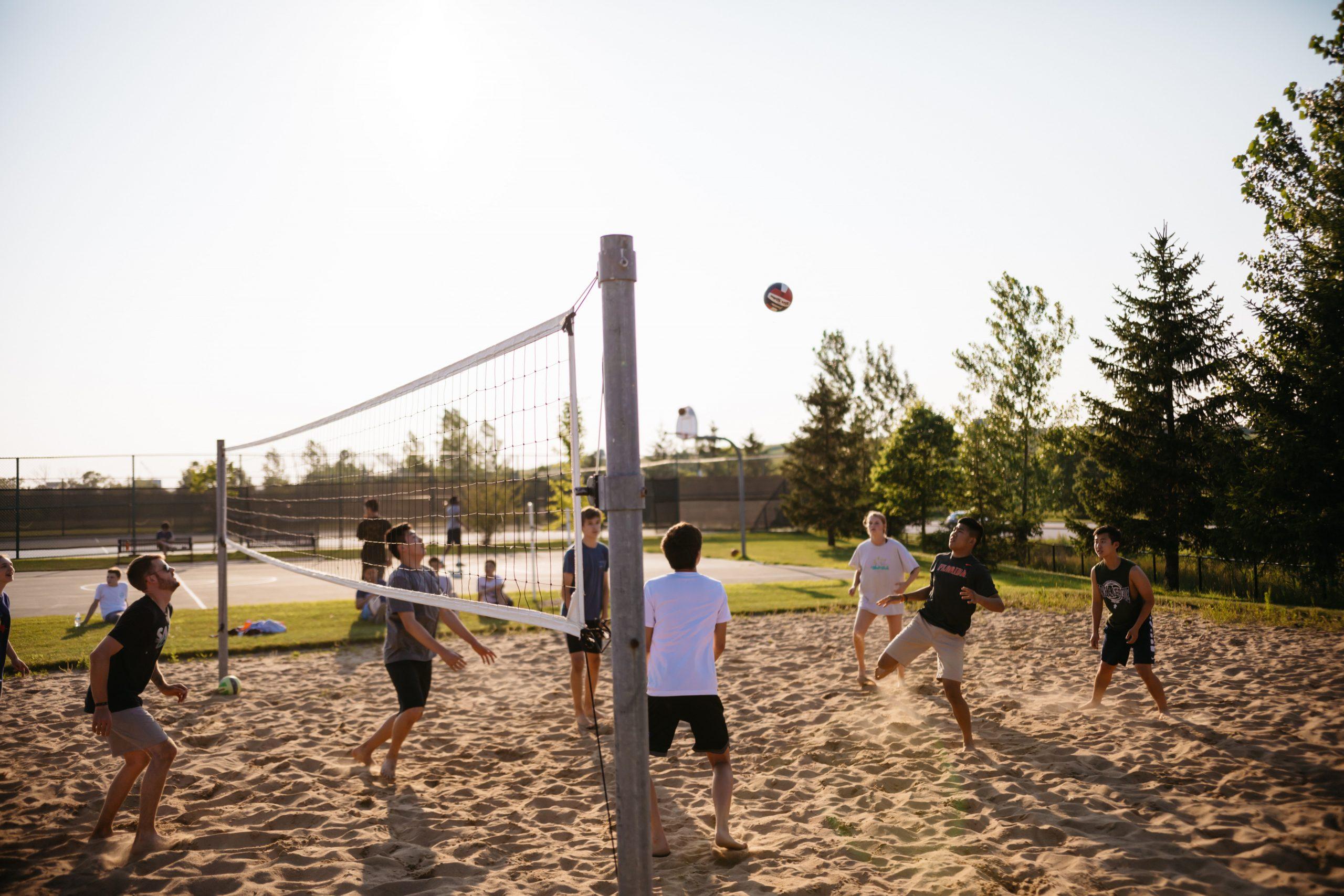 Volleybollturnering & Pubkväll